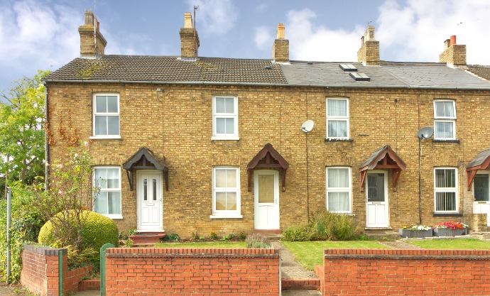 2 bedroom terraced House - Available NOW!